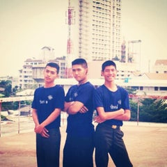 Photo taken at โรงเรียนช่างฝีมือทหาร by satid k. on 5/10/2014