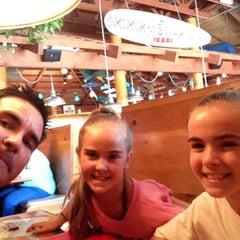 Photo taken at Islands Restaurant by David N. on 5/29/2014