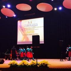Photo taken at Dewan Jubli Perak SUK Selangor by Ry M. on 8/8/2015