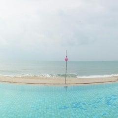 Photo taken at Lamai Wanta Beach Resort by Gorawin W. on 11/20/2014