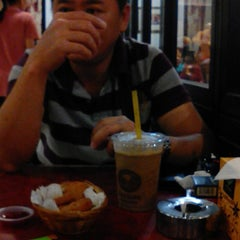 Photo taken at OldTown White Coffee by YAt S. on 1/9/2015