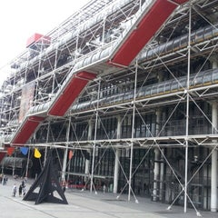 Photo taken at Centre Pompidou – Musée National d'Art Moderne by Youngseung O. on 6/23/2013