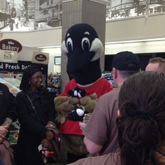 Photo taken at Wawa Food Market #103 by Brittany B. on 11/29/2012