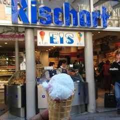 Photo taken at Café Rischart by Kash B. on 4/14/2013
