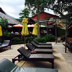 Photo taken at Banpu Koh Chang Restaurant by AoffiZeR T. on 5/10/2014