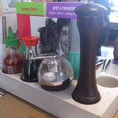 Photo taken at Fonteyne The Kitchen Woluwe by Grégory S. on 9/18/2012