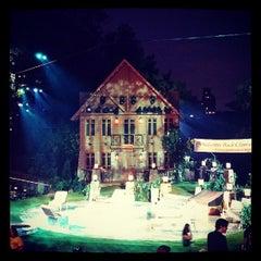 Photo taken at Delacorte Theater by Martha G. on 8/9/2013