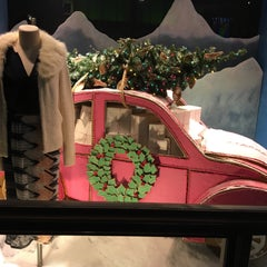 Photo taken at Anthropologie by Gary M. on 12/24/2015