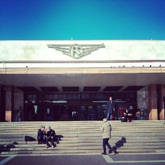 Photo taken at Stazione Venezia Santa Lucia by Yaron K. on 1/26/2013