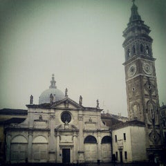 Photo taken at Chiesa di Santa Maria Formosa by Yaron K. on 1/29/2013