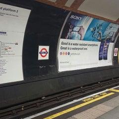 Photo taken at Tufnell Park London Underground Station by Ruslan Z. on 10/16/2014