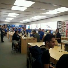 Photo taken at Apple Store, Brandon by Terri L. on 9/21/2012
