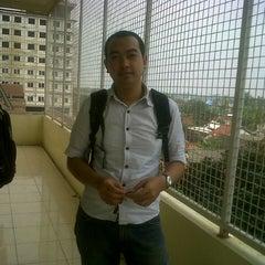 Photo taken at Fakultas Ekonomi by Luckyafriansyah W. on 2/2/2013