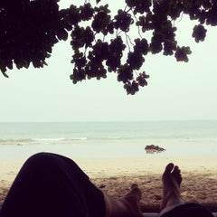 Photo taken at Ocean view Resort by Kritsanucha® W. on 4/10/2013