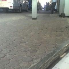 Photo taken at Kantor Imigrasi Kelas I Bandung by Feby A. on 3/17/2015