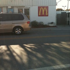 Photo taken at McDonald's by Art H. on 3/24/2012