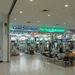Photo taken at Cold Storage by Azran A. on 4/11/2012