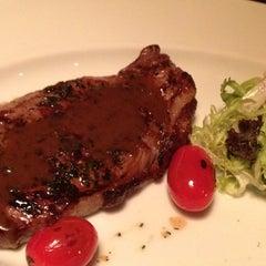 Photo taken at G | 烧烤餐厅 by Maha A. on 8/24/2012