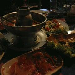 Photo taken at ร้านอาหารปั้นหยา by Ben B. on 8/26/2012