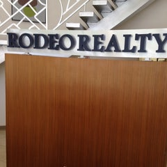 Photo taken at Rodeo Realty by Stefen Lee L. on 6/1/2012