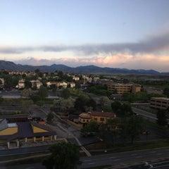 Photo taken at Sheraton Denver West Hotel by Lloyd N. on 5/24/2012