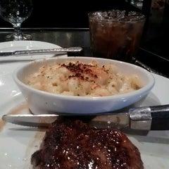 Photo taken at LongHorn Steakhouse by Brandon J. on 7/10/2012