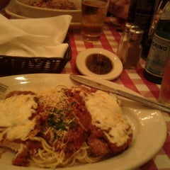 Photo taken at Italianni's by Carlos M. on 5/14/2012
