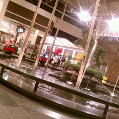 Photo taken at Mall St. Matthews by Allie S. on 12/6/2011