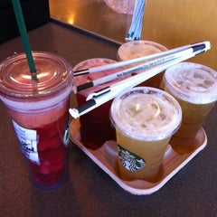 Photo taken at Starbucks by Perapong K. on 7/27/2012