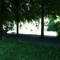 Photo taken at Stadspark De Karthuis by Robbie on 5/26/2012