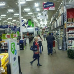 Photo taken at Lowe's Home Improvement by Jared S. on 11/9/2011