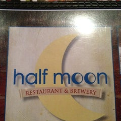 Photo taken at Half Moon Restaurant & Brewery by Matthew P. on 5/16/2012