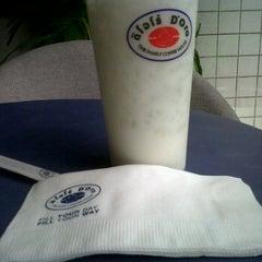 Photo taken at Caffè D´Oro (คาเฟ ดิโอโร่) by I'TAM R. on 10/3/2011