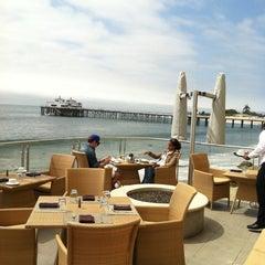 Photo taken at Malibu Beach Inn by Charles F. on 4/20/2011