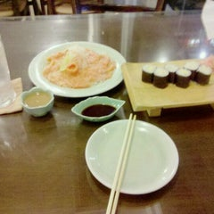 Photo taken at Osaka Healthy Japan Restaurant by CHACKRAPON C. on 9/7/2011