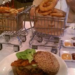 Photo taken at Blanc Burgers + Bottles by Krystal S. on 9/9/2011