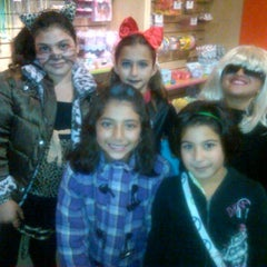 Photo taken at Sweet & Sassy by howard t. on 10/30/2011