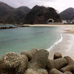 Photo taken at 諸寄海岸 by pirokichi0819 on 1/21/2012