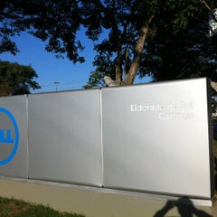 Photo taken at Dell Brasil HQ by Alécio A. on 5/23/2012
