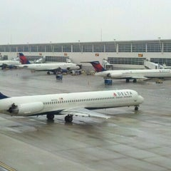 Photo taken at Delta Air Lines Ticket Counter by Karl B. on 1/30/2012