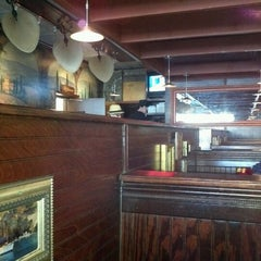 Photo taken at Elizabeth's Pizza Italian Restaurant Pizza and Subs by Kristin F. on 1/24/2012