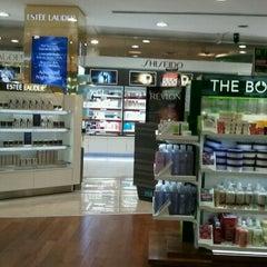 Photo taken at Duty Free Shop by Vivis V. on 2/19/2012