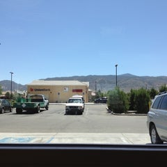 Photo taken at Del Taco by Yodgimalo on 8/1/2012