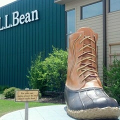 Photo taken at L.L.Bean by Mary N. on 7/7/2012
