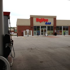 Photo taken at Hy-Vee Convenience & Gas by Justin L. on 5/20/2012
