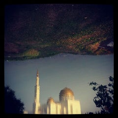 Photo taken at Masjid As-Salam (مسجد السلام) by ammwatan on 6/3/2012