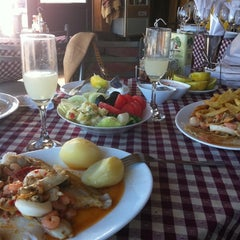 Photo taken at Restaurant La Bahía by Lizzy O. on 3/20/2012