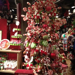 Photo taken at Cracker Barrel Old Country Store by Lory V. on 12/10/2011