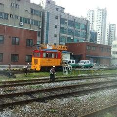 Photo taken at 영등포역 (Yeongdeungpo Stn.) by Jaejun K. on 8/28/2012