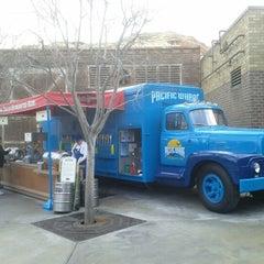 Photo taken at Karl Strauss Beer Truck by Brewbud !. on 2/11/2012